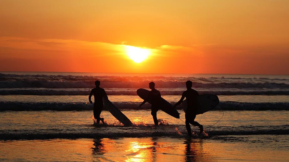Surfurlaub im besten Surfcamp Europas